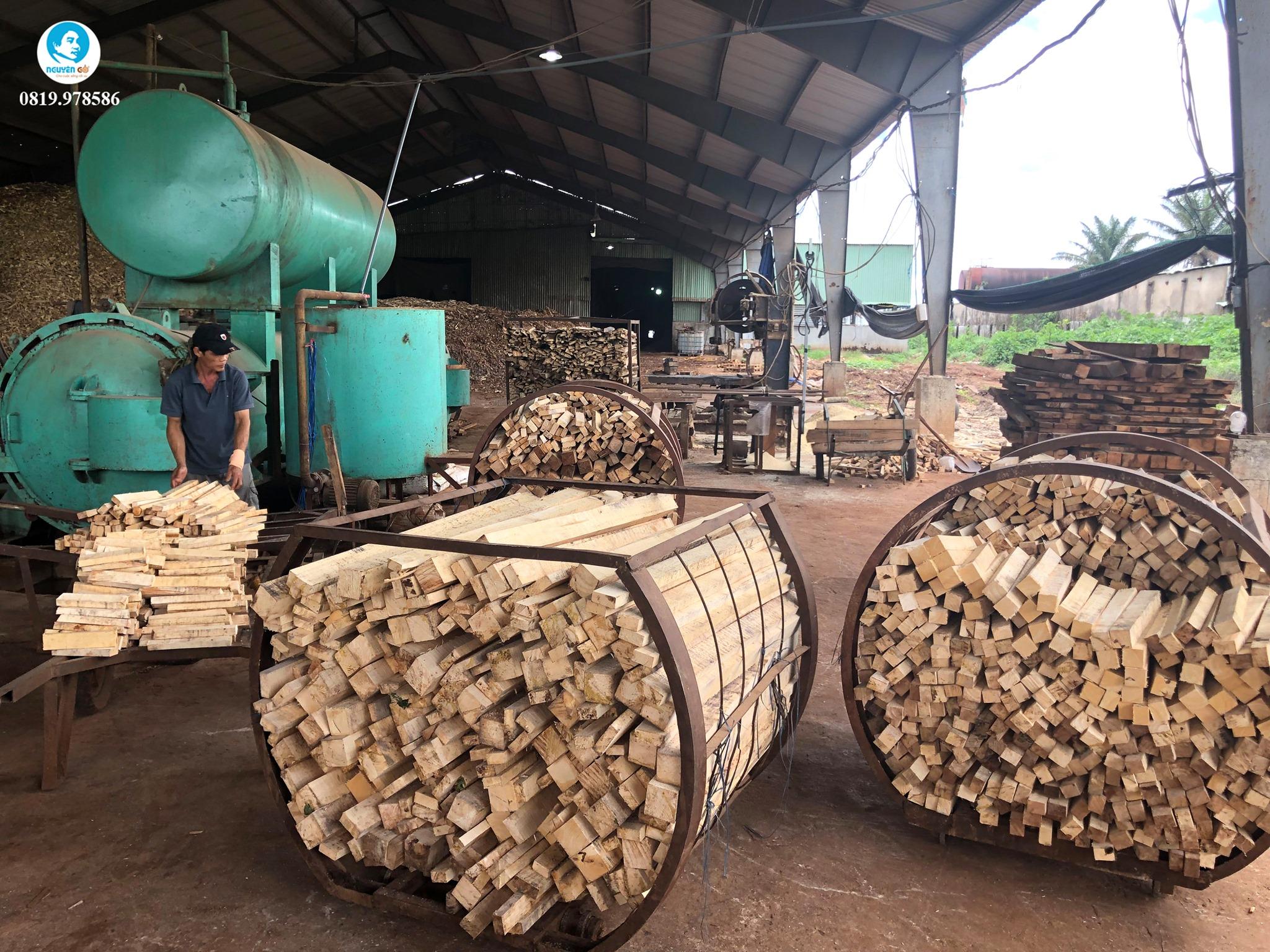 Kho gỗ cao su Bình Dương