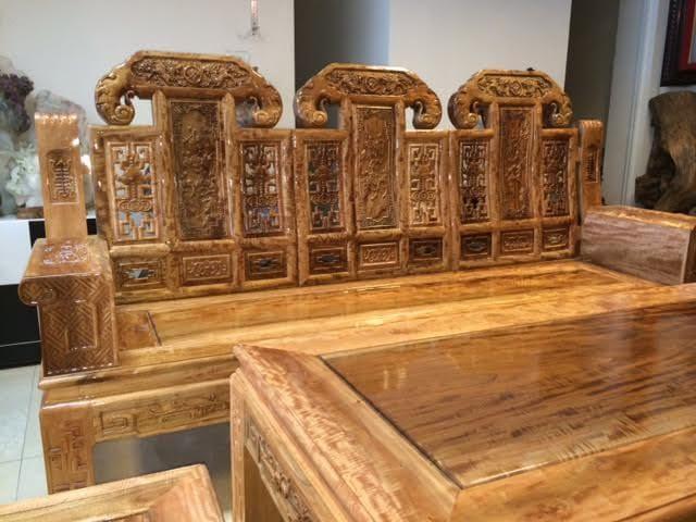 Bộ bàn ghế gỗ lát chun