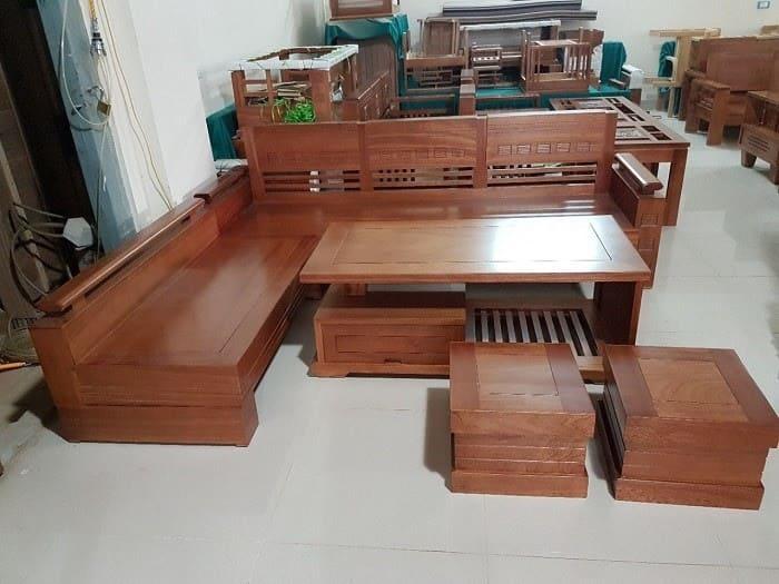 Bàn ghế gỗ xoan phong cách cổ điển