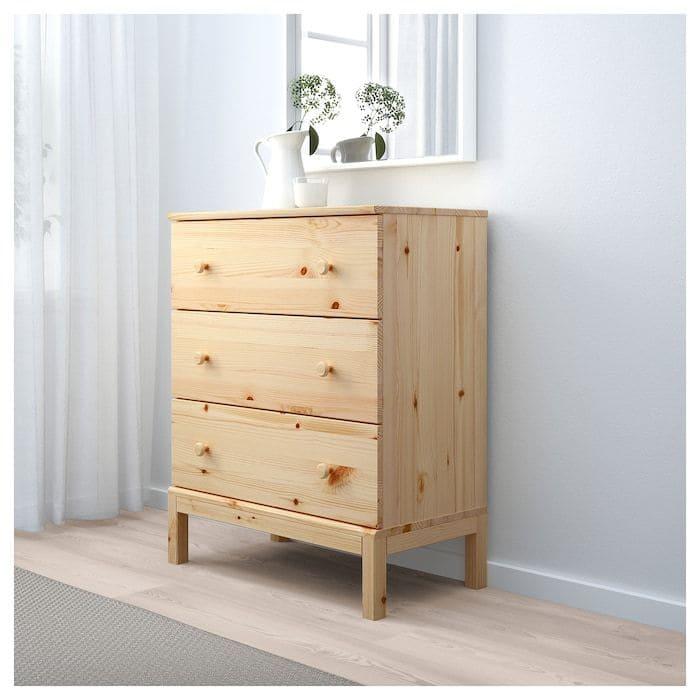 Hình ảnh tủ gỗ thông đẹp