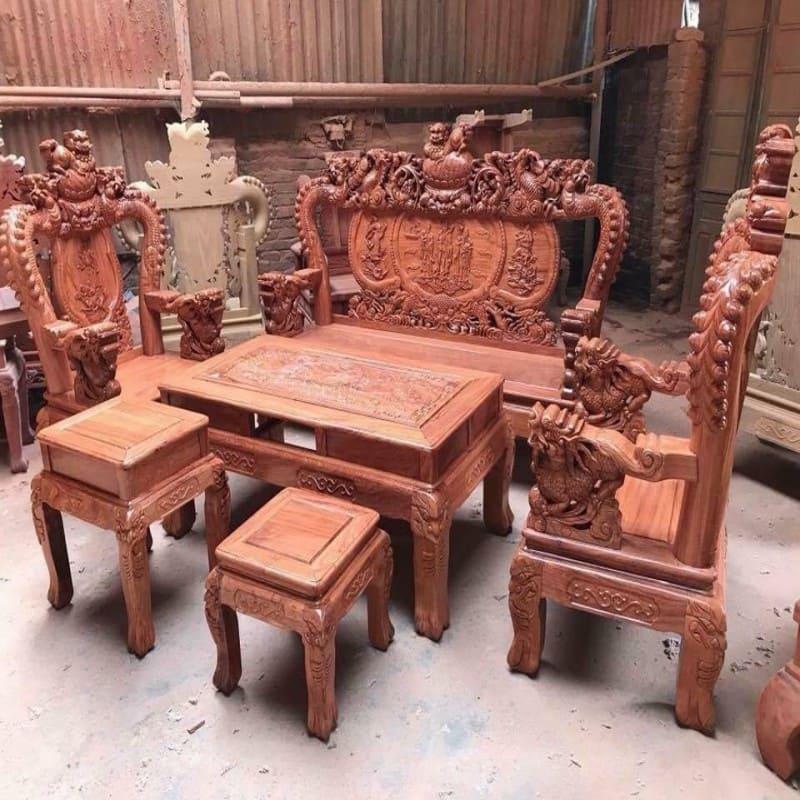 Bàn ghế gỗ tự nhiên nhóm 1