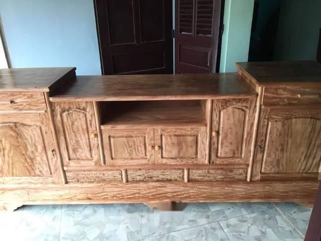 Kệ tủ trang trí lát gỗ chun
