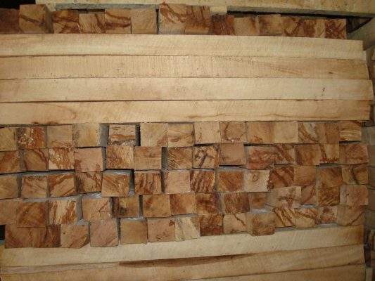 Ván ghép gỗ cao su của Nguyên Gỗ luôn đảm bảo chất lượng tốt nhất